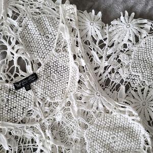 Papillon white crochet top 100% cotton